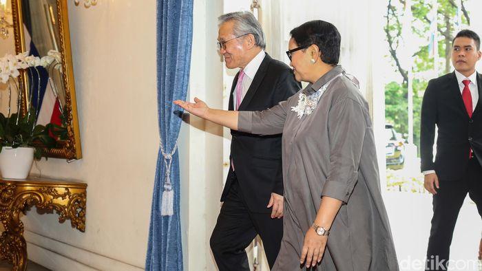 Menlu Thailand Don Pramudwinai tiba di Gedung Pancasila, Kementerian Luar Negeri, Jakarta, Rabu (13/3/2019).
