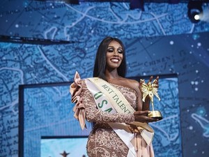 Pertama Kali Transgender Kulit Hitam Menang Miss International Queen 2019