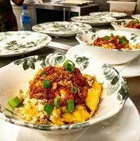 Di Restoran Borneo Paris Ini Bisa Makan Ayam Penyet dan Semur Jawa Enak
