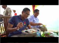 Makan Ikan Namori di Bali, Sandiaga : Uenak Banget!