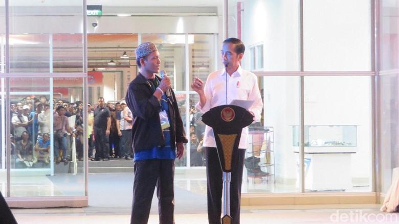 Jokowi Takjub Pedagang Ikan Beromzet Rp 40 Juta Sehari di Pasar Muara Baru
