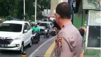 Video Jenderal Polisi Halau Pemotor Bandel Lewat Trotoar