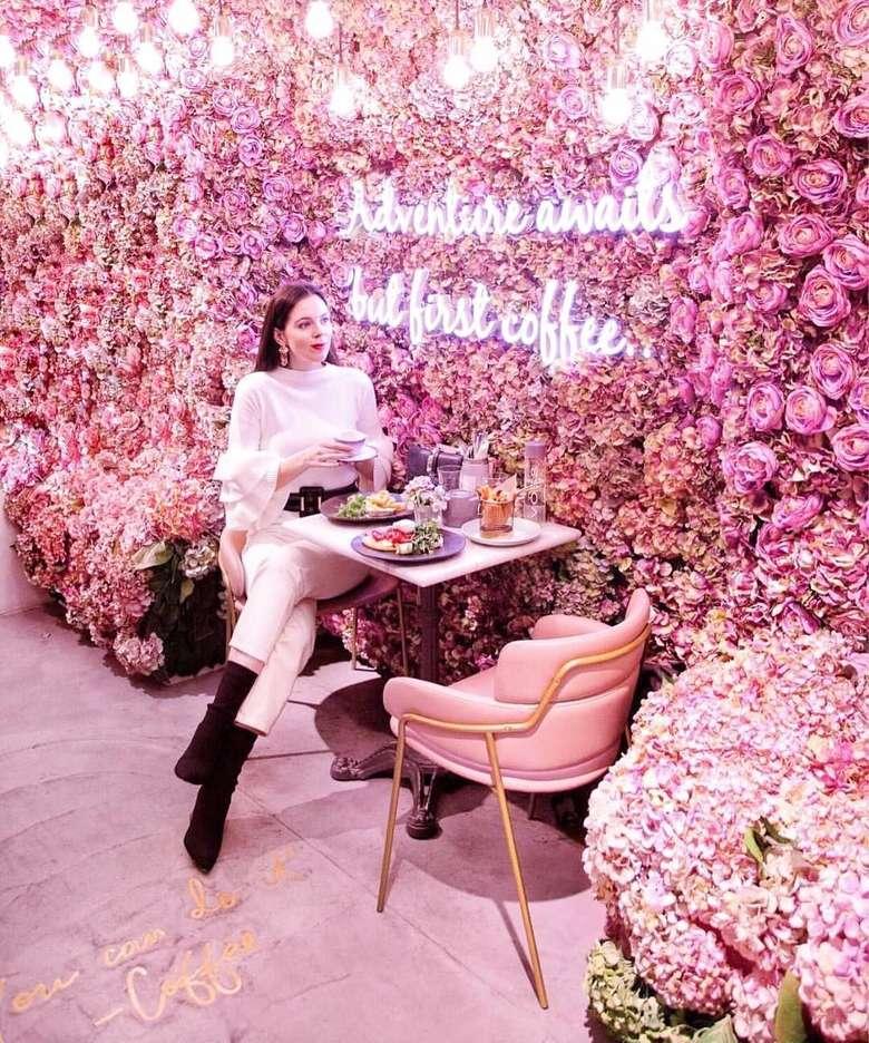 Unduh 820+ Background Cantik Mawar Terbaik