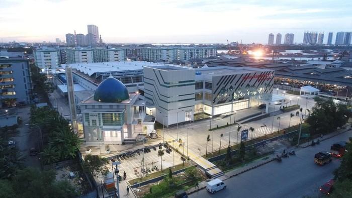 Presiden Jokowi meresmikan pasar ikan modern Muara Baru yang dikelola Perum Perindo, Rabu malam (13/3). Yuk intip seperti apa sih pasar yang  dibangun ala Tsukiji itu.