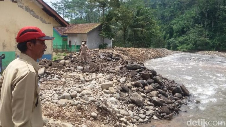 11 Rumah Rawan Bencana di Probolinggo Urung Direlokasi, Mengapa?