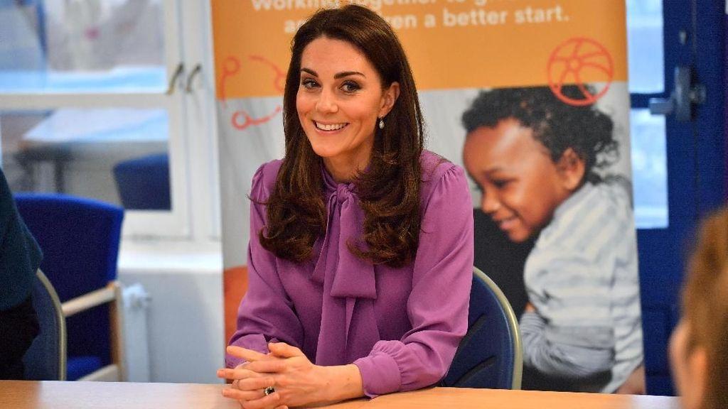 Rayakan St. Patrick, Kate Middleton Tampil Serba Hijau