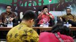 Serunya Fahri Hamzah Bicara Soal Debat Capres di DPR