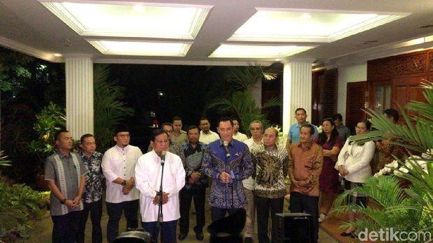 Prabowo Subianto dan AHY.