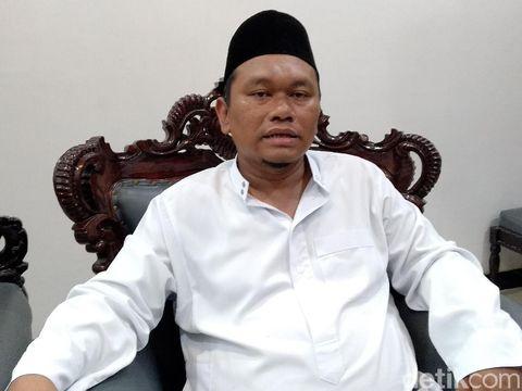 M Romli, pengasuh Ponpes Miftahul Falahil Mubtadin