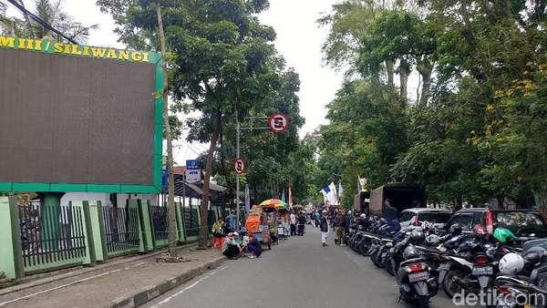 Ada Sidang Bahar bin Smith, Jalan Seram Bandung Kembali Ditutup