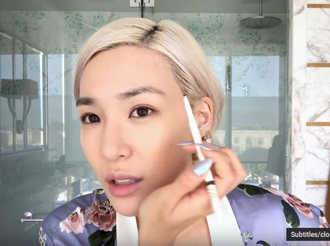 Kerumitan Artis K-Pop Tiffany Saat Dandan, Pakai 3 Produk Alis & 2 Maskara