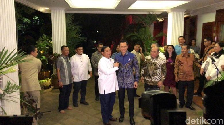Bertemu Prabowo, AHY Lapor Hasil Kampanye di Daerah