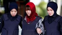 Dalam kasus ini, Doan terancam hukuman mati atas dakwaan pembunuhan terhadap Kim Jong-Nam, kakak tiri pemimpin Korut Kim Jong-Un. Doan didakwa mengusapkan racun VX yang mematikan ke wajah Kim Jong-Nam di Bandara Kuala Lumpur, Malaysia pada Februari 2017. Foto: REUTERS/Lai Seng Sin