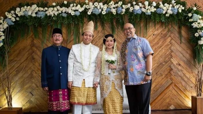 Indro Warkop di pernikahan anak Dono