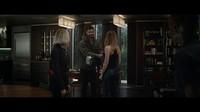 Beberapa berpendapat bahwa perjalanan waktu tersebut dibuktikan dengan hadirnya sosok Captain Marvel dengan Thor yang masih memegang Mjolnir bukan Stormbreaker.Dok. Twitter