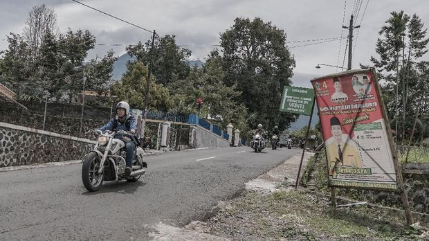Rombongan menempuh jarak sekitar 550 km perjalanan dari Jakarta menuju Yogyakarta.