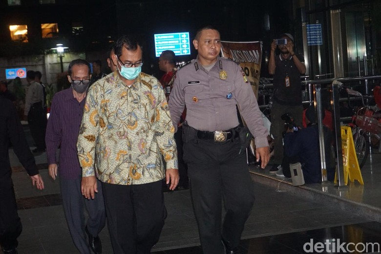 Menyusul Romahurmuziy, Pejabat Kemenag Daerah dkk Tiba di KPK