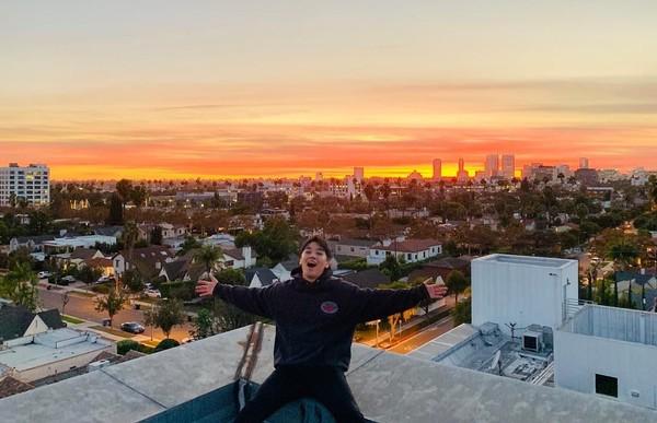 Gayanya saat berada di California, Amerika Serikat. (seungriseyo/Instagram)