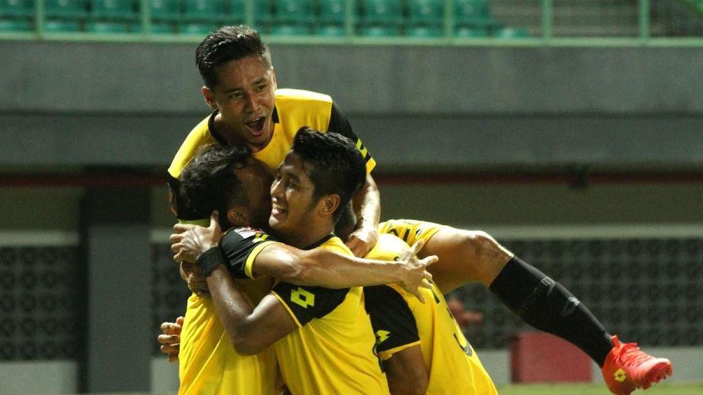 Bhayangkara FC Tak Kantongi Izin Menjamu Persib di Stadion Patriot