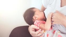 ASI Bisa Turunkan Risiko Eksim pada Anak