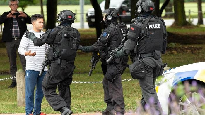 Salah satu tujuan aksi teror adalah menyebar ketakutan (Foto: Reuters)