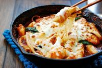 Kental dan Creamy Saus Keju Paling Cocok Dipadu dengan Makanan Ini
