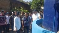 Ke Desa di Serang, Sri Mulyani Pesan Jangan BAB Sembarangan