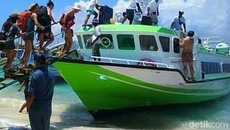 Lalu lintas turis ke Gili Trawangan, Pemenang, Lombok Utara (Harianto/detikcom)