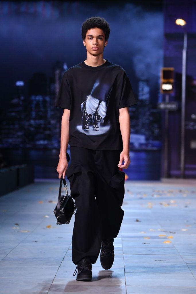 Pekan Mode Dunia Ditiadakan, Fashion Show Virtual Jadi Opsi