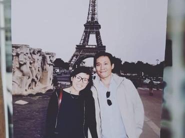 Damar Canggih Wicaksono dan Fauziah bertemu saat sama-sama kuliah di luar negeri. (Foto: Instagram @masari0)