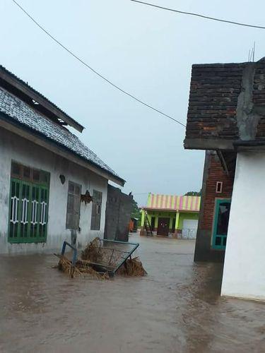 Diguyur Hujan Sejak Pagi, Bima dan Dompu NTB Dilanda Banjir