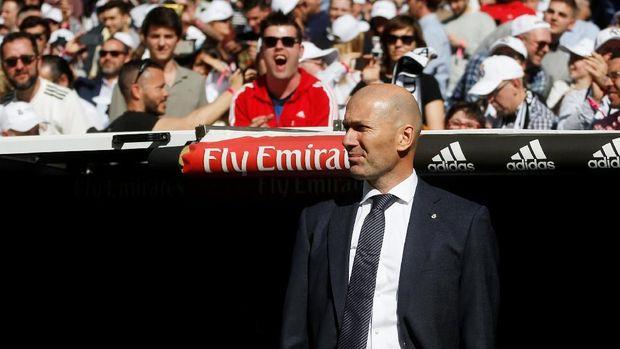 Zinedine Zidane kembali menangani Real Madrid setelah sempat hengkang. (