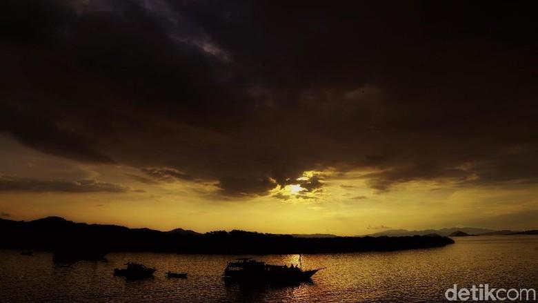Sunset dari Pulau Kalong (Dikhy/detikcom)