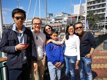 Dari beberapa unggahannya, Tantowi Yahya sepertinya lebih memilih berkumpul bersama keluarganya. (Foto: Instagram @tantowiyahyaofficial)