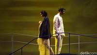 Panggung musikal Cinta Tak Pernah Sederhana digelar pada 16-17 Maret 2019 di Teater Jakarta, TIM. (Noel/detikhot)
