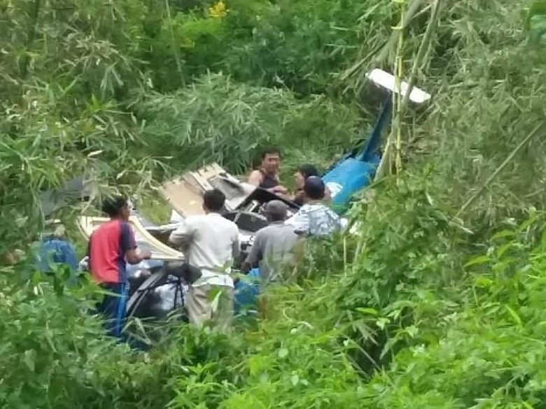4 Korban Helikopter Jatuh Dibawa ke RS SMC Tasikmalaya