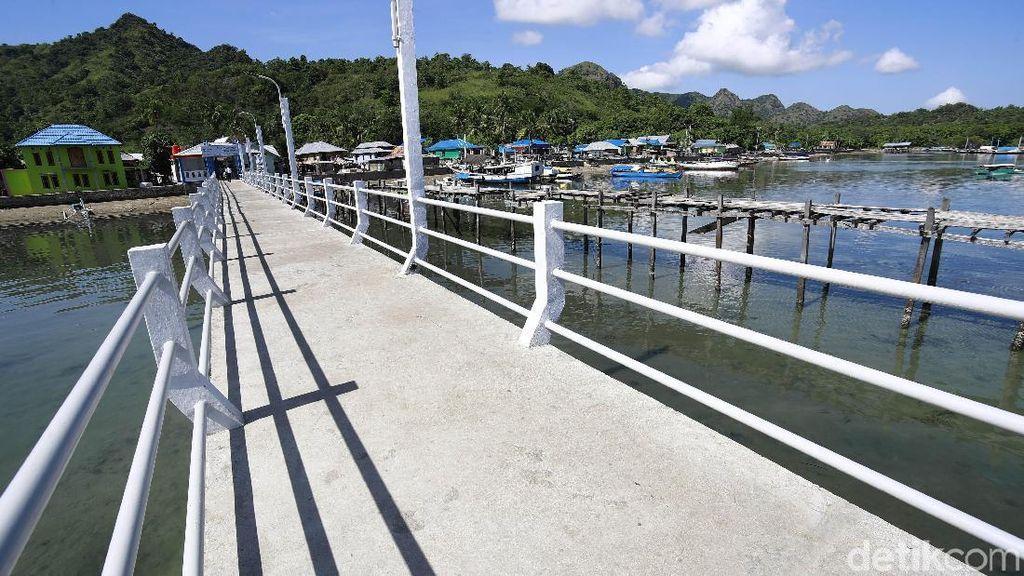 Ada Dermaga Baru, Bongkar Muat Hasil Laut di Pulau Rinca Lebih Mudah