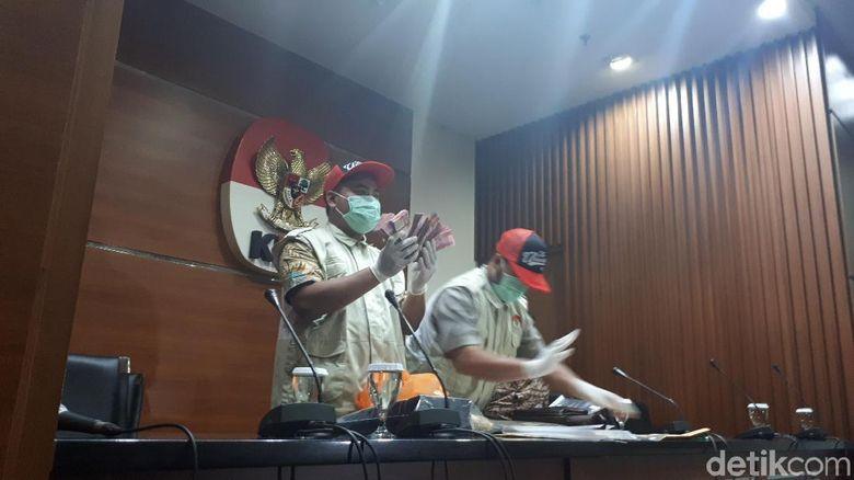 Ketum PPP Romahurmuziy: Kronologi KPK OTT Ketum PPP Romahurmuziy Di Surabaya