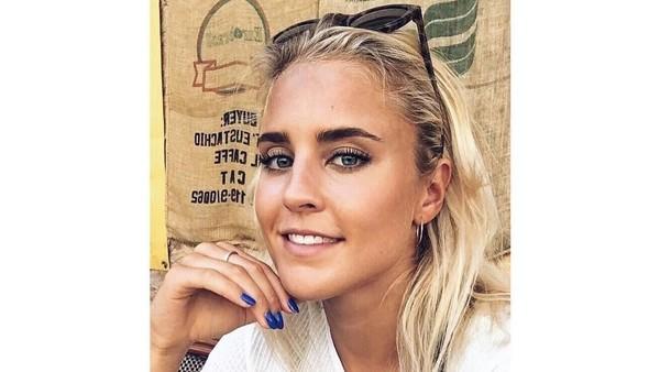 Inilah Sarah Bro, gadis Denmark yang kabarnya tengah berkencan dengan si ganteng Zac Efron. Sarah adalah atlet renang. (Instagram/@sarahwbro)