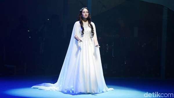 Melihat Akting Reza Rahadian hingga Marsha Timothy di Panggung Musikal