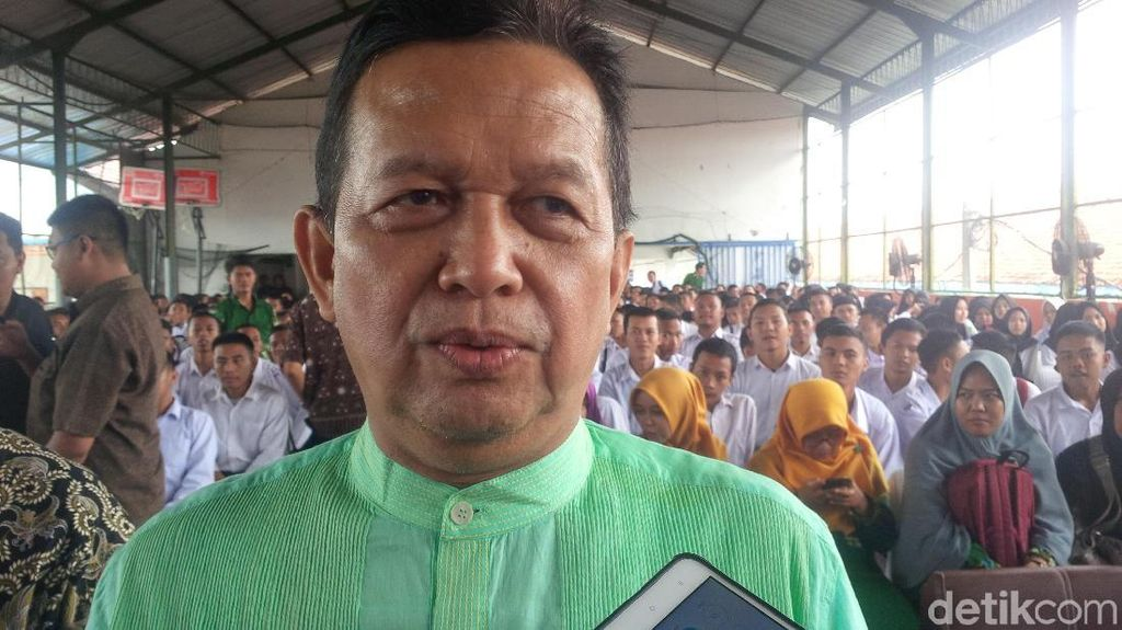 Soetrisno Bachir: Jadi Ketum Partai Banyak Godaan Harta-Wanita