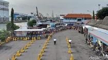 Terjebak di Pelabuhan Ujung, Pengendara Keluhkan Penutupan Suramadu