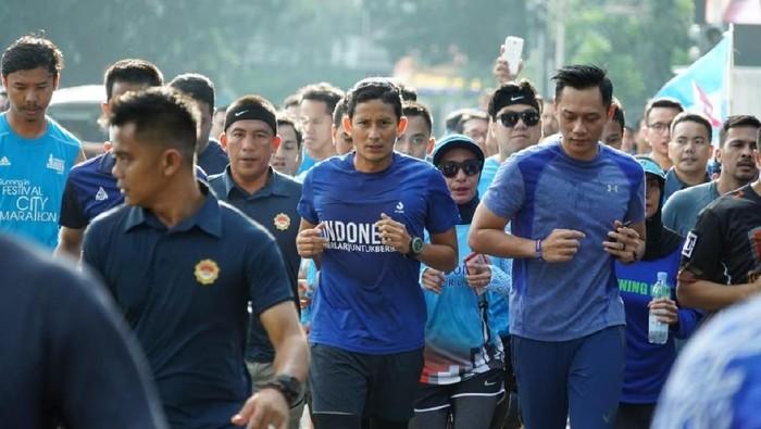 Sandiaga merupakan sosok yang antusias pada kebugaran. Foto: Sandiaga Uno dan AHY (Dok. Prabowo-Sandi Media Center)