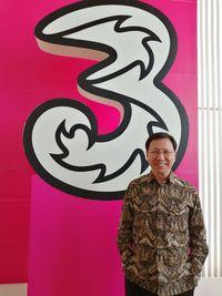 Cliff Woo, Presiden Direktur dan CEO Tri Indonesia.