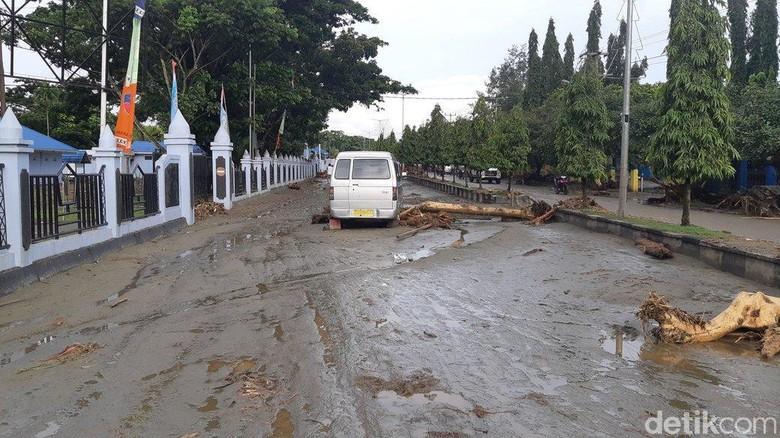 Ini Analisis Bnpb Soal Penyebab Banjir Bandang Di Sentani