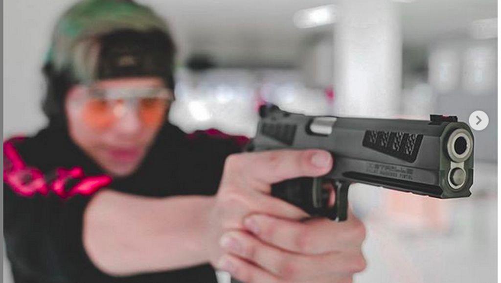 Posting Duka New Zealand Sambil Pegang Pistol, Atta Halilintar Dikritik