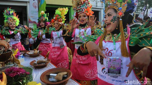 1.900 Peserta Meriahkan Festival Rujak Ulek Surabaya 2019