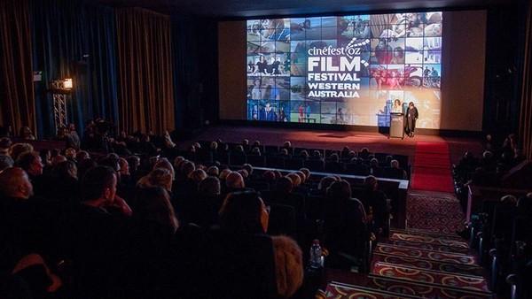 CinefestOZ Film Festival setiap Agustus di Busselton. Ini adalah festival film terbaik di Australia Barat (cinefestoz.com)