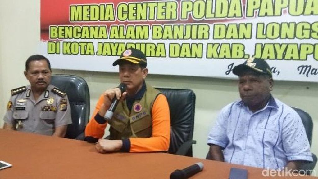 Bupati Jayapura Curhat Soal Botaknya Gunung Cycloop Pemicu Banjir