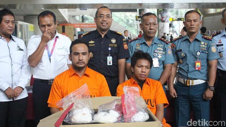 Selundupkan 1 Kg Sabu, WN Malaysia Diamankan di Bandara Juanda